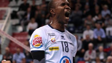 Photo de Volleyball : Le camerounais Nathan Wounembaina prolonge à Tours