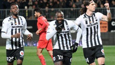 Photo de Stéphane Bahoken porte le SCO d'Angers en marquant l'Unique but de la rencontre face à Reims !