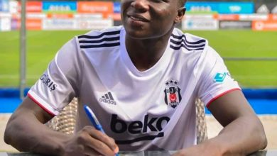 Photo de Vincent Aboubakar signe officiellement au Besiktas !