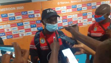 Photo de CHAN 2020 : Florent Ibenge l'entraîneur des Léopards de la RDC salue la qualité des infrastructures sportives du Cameroun
