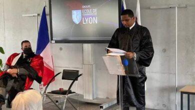 Photo de Samuel Eto'o Fils, docteur honoris causa de l'Ecole de Commerce de Lyon